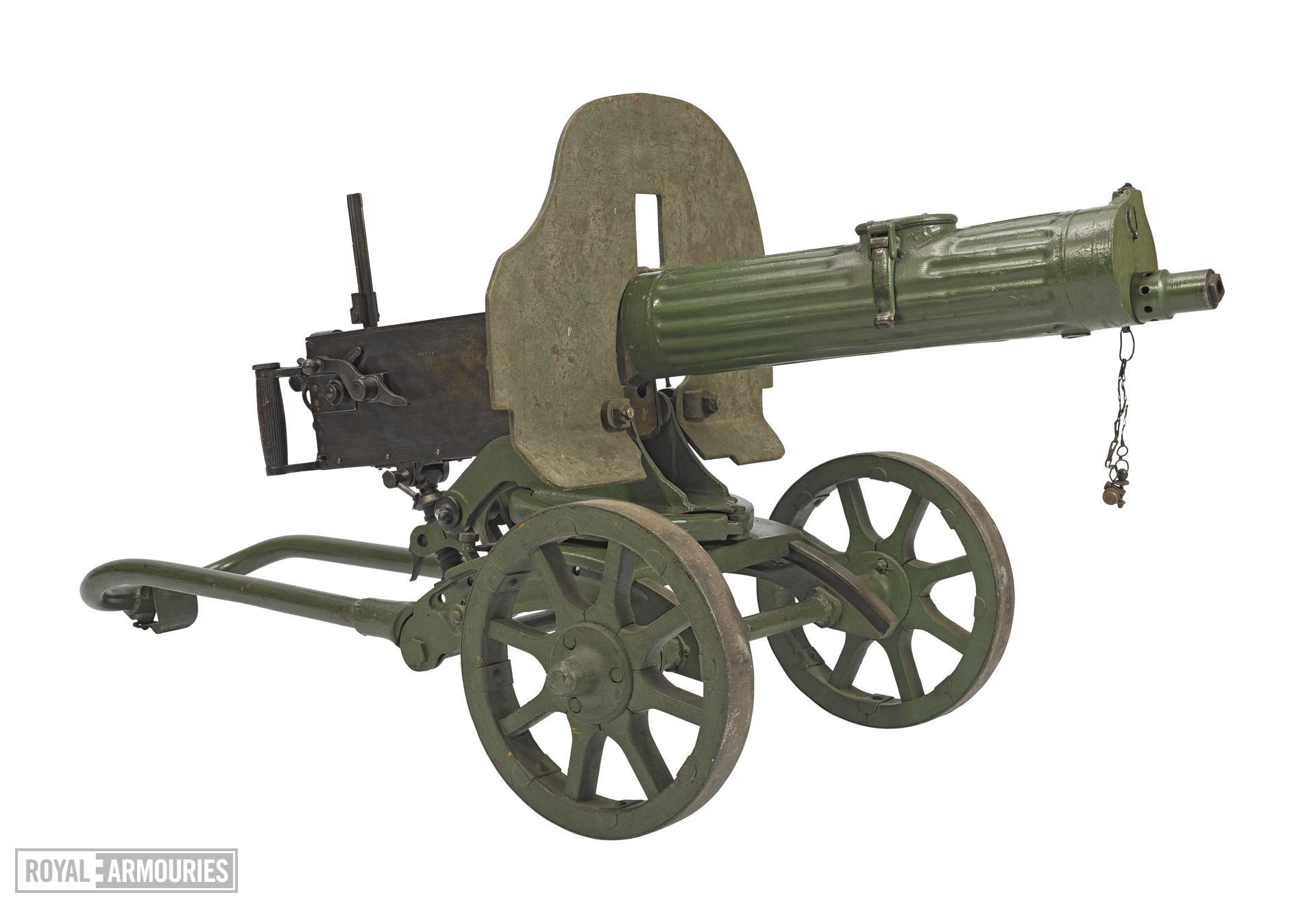 Maxim Pulemyot Maxima 1910 machine gun - Arms of the First World War