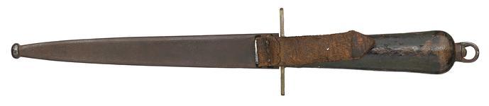 Thumbnail image of Modèle 1833 Naval Boarding Knife and sheath