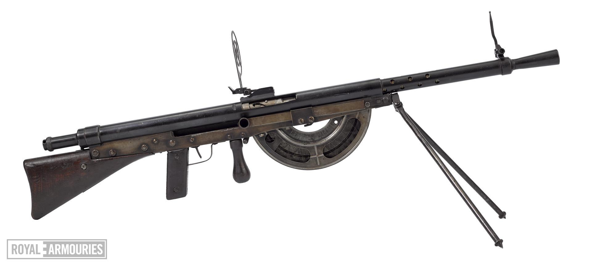 CSRG Modèle 1915 'Chauchat' machine rifle - Arms of the First World War