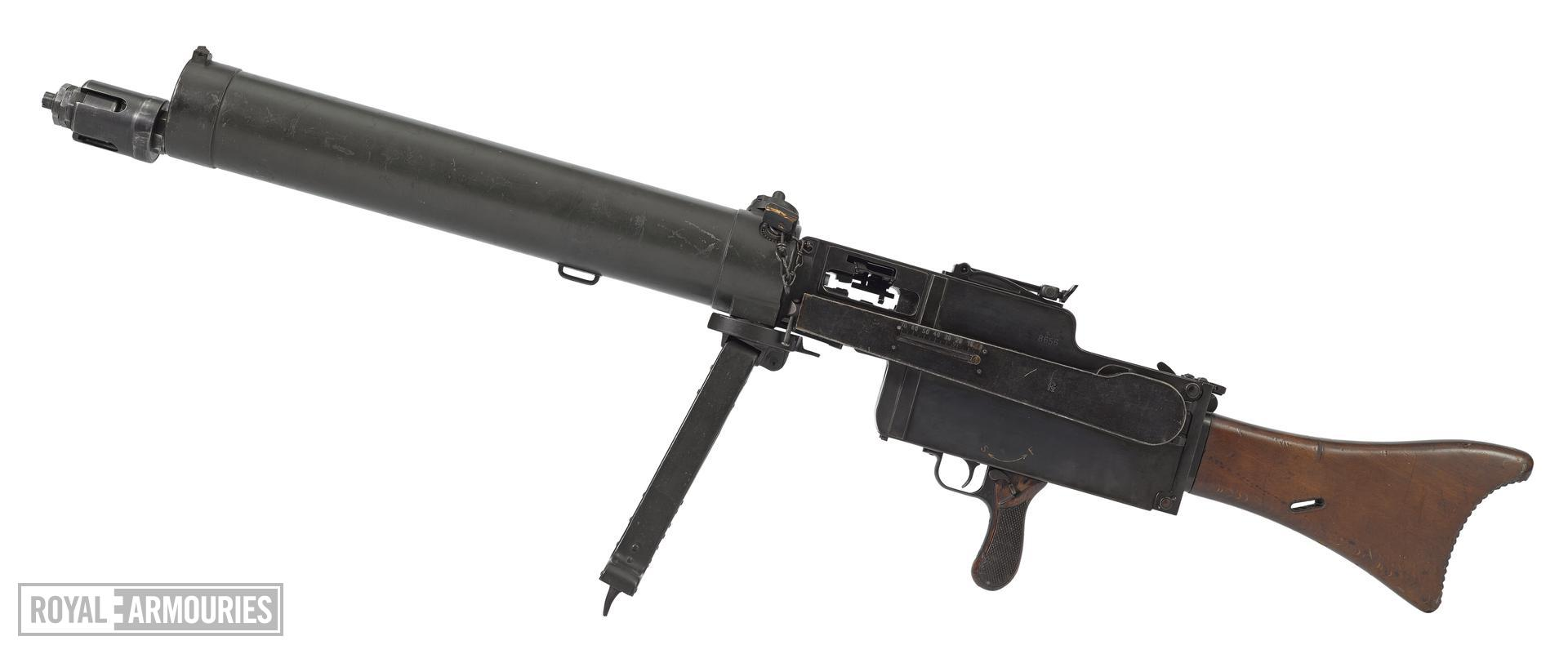 Maxim MG 08/15 recoil operated/toggle lock light machine gun, various manufacturers, Germany, 1918.