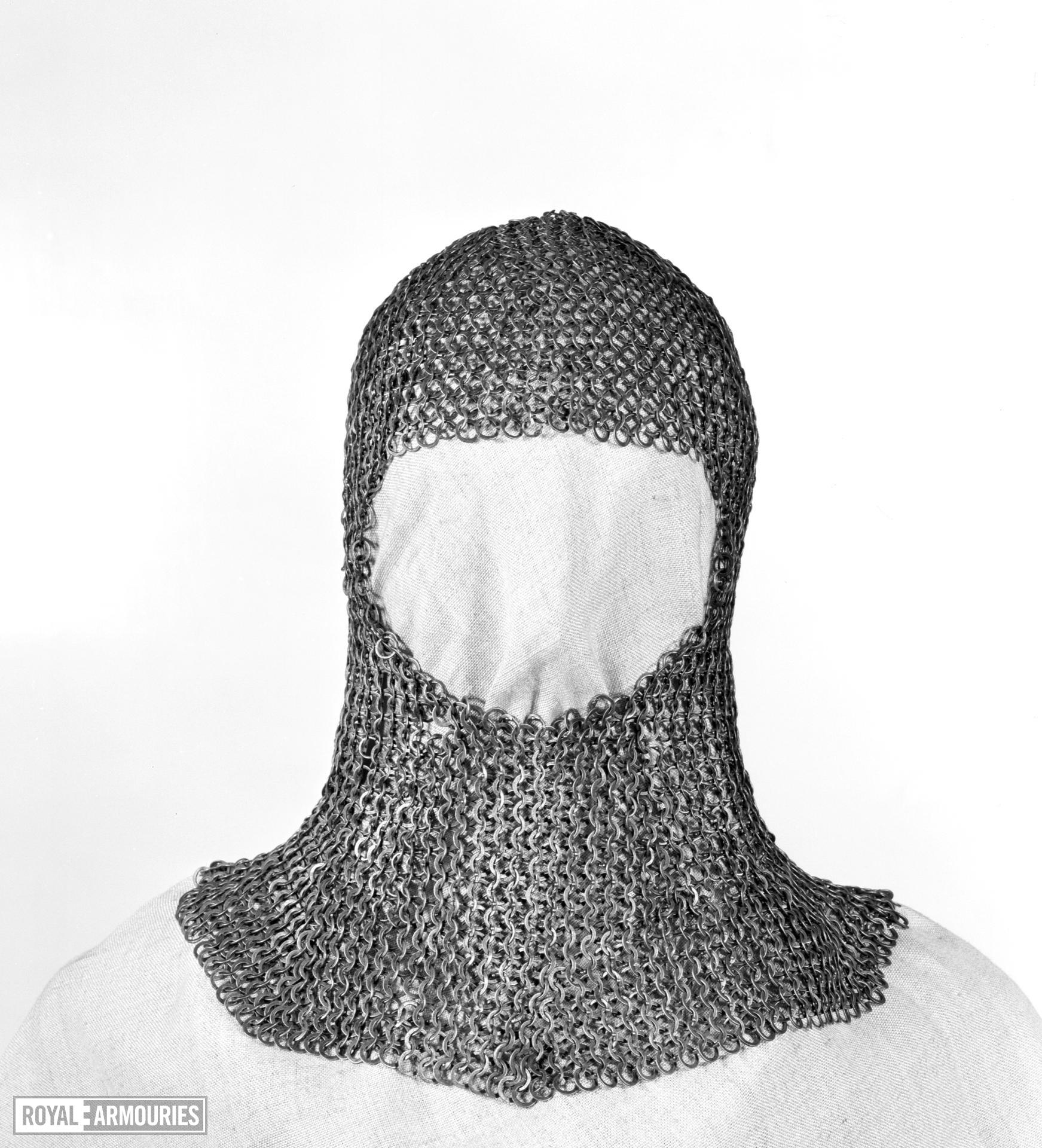 Mail coif. European, mid-14th century (III.28)