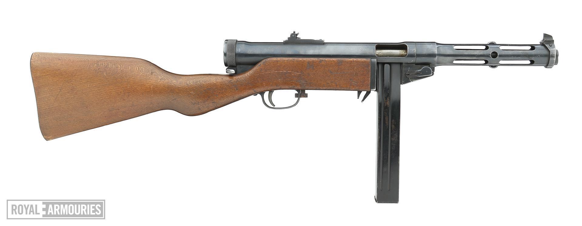 Centrefire automatic submachine gun - Suomi M/37-39