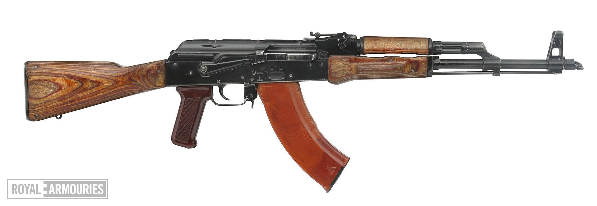 (Top) Kalashnikov AK-47 centrefire automatic rifle, Russian, about 1951(PR.954.) (Bottom) Kalashnikov AKM centrefire automatic rifle, Russian (PR.9071)