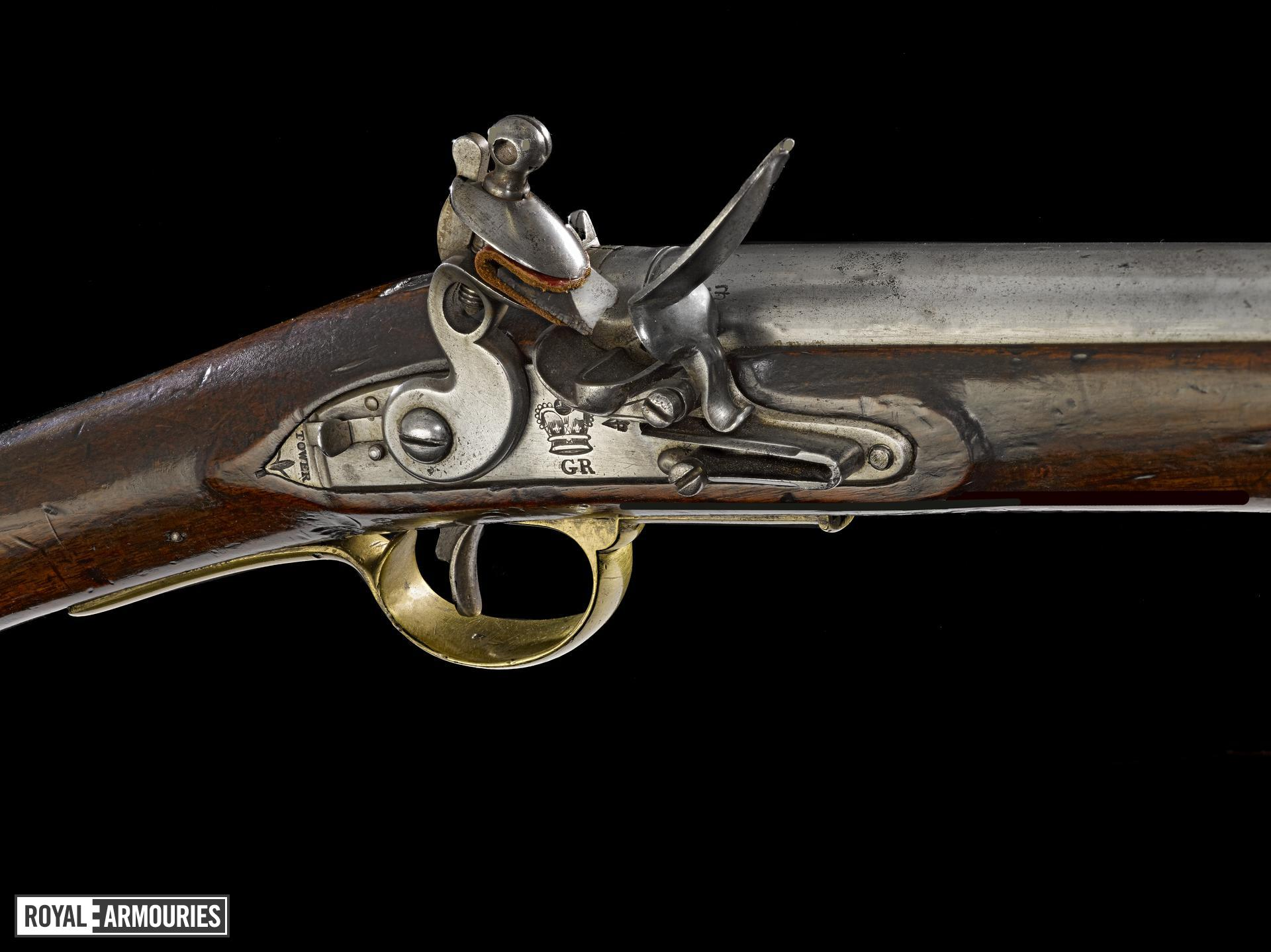 Paget flintlock muzzle-loading military carbine, 1800-1830, Britain (XII.991)