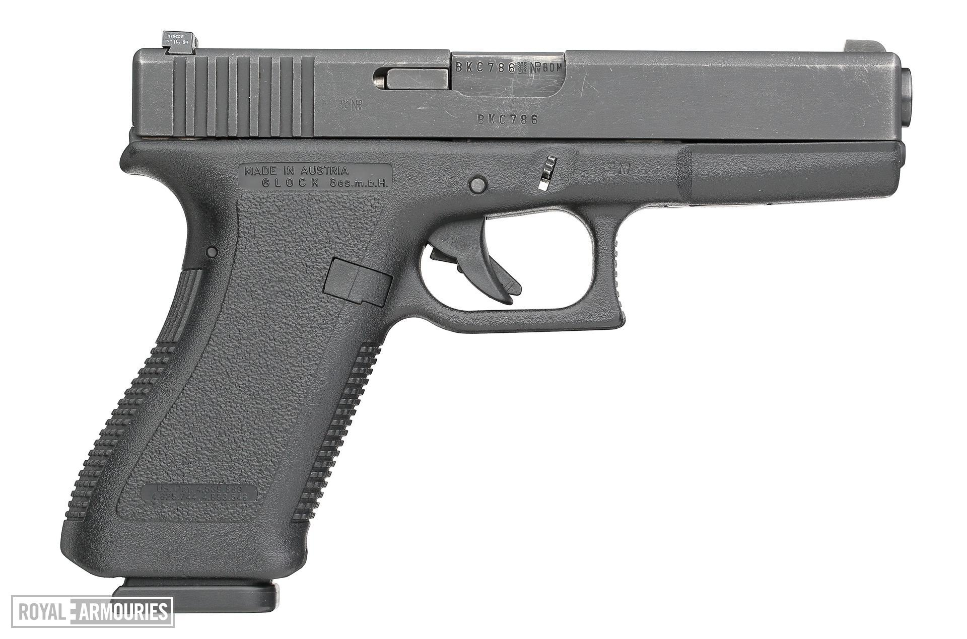 Centrefire self-loading pistol - Glock 17 Generation 2