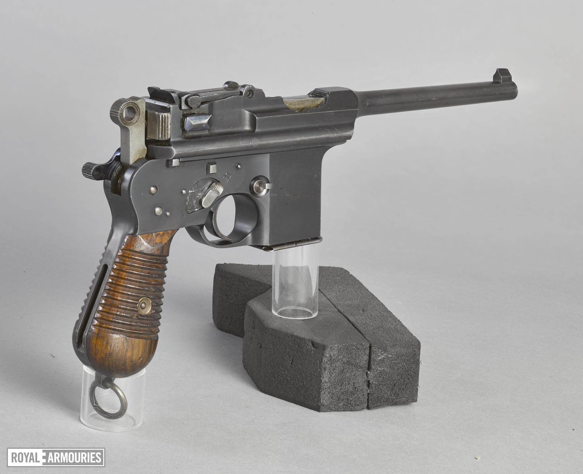 Centrefire automatic pistol - Astra M903