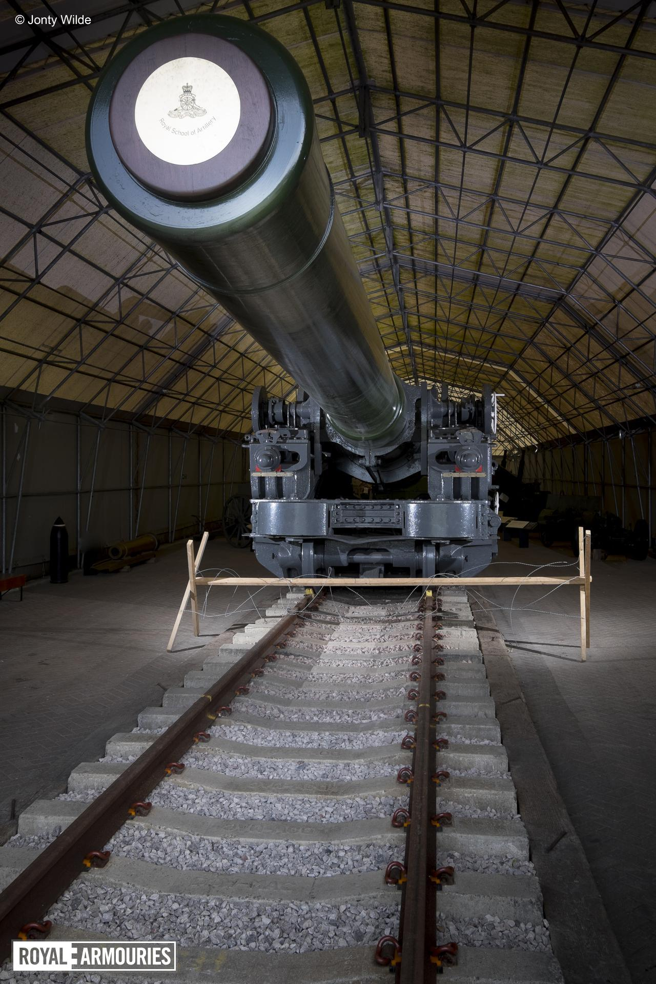 18 inch breech loading railway howitzer - on loan from the Royal Artillery Historical Trust, 1918, Britain (AL.387) © Jonty Wilde / By kind permission of the Royal Artillery Historical Trust