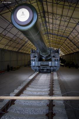 Breech loading howitzer