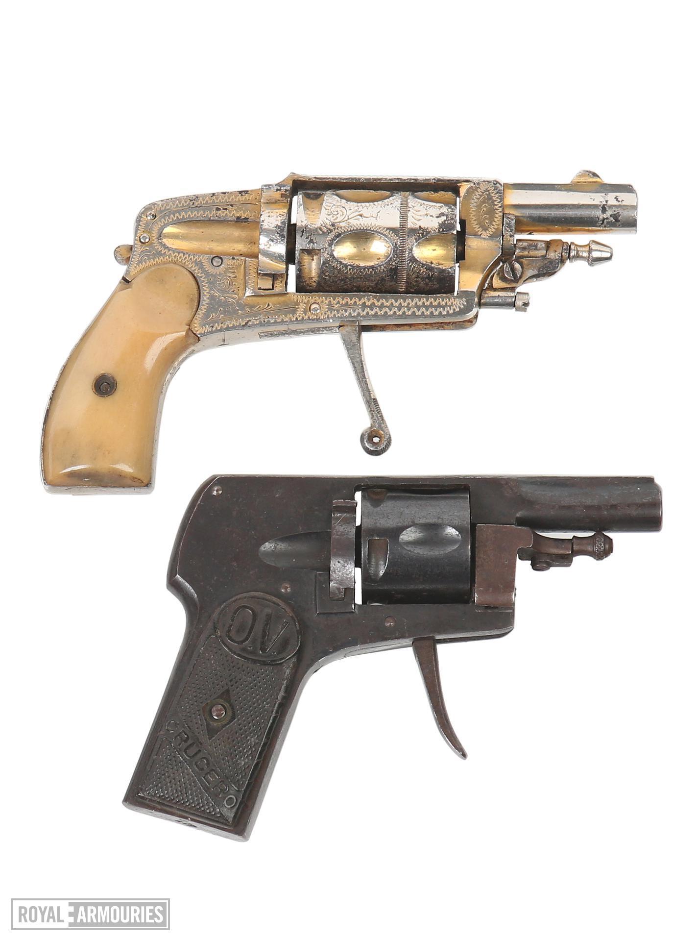 Centrefire five-shot revolver - Velo-dog Crucero