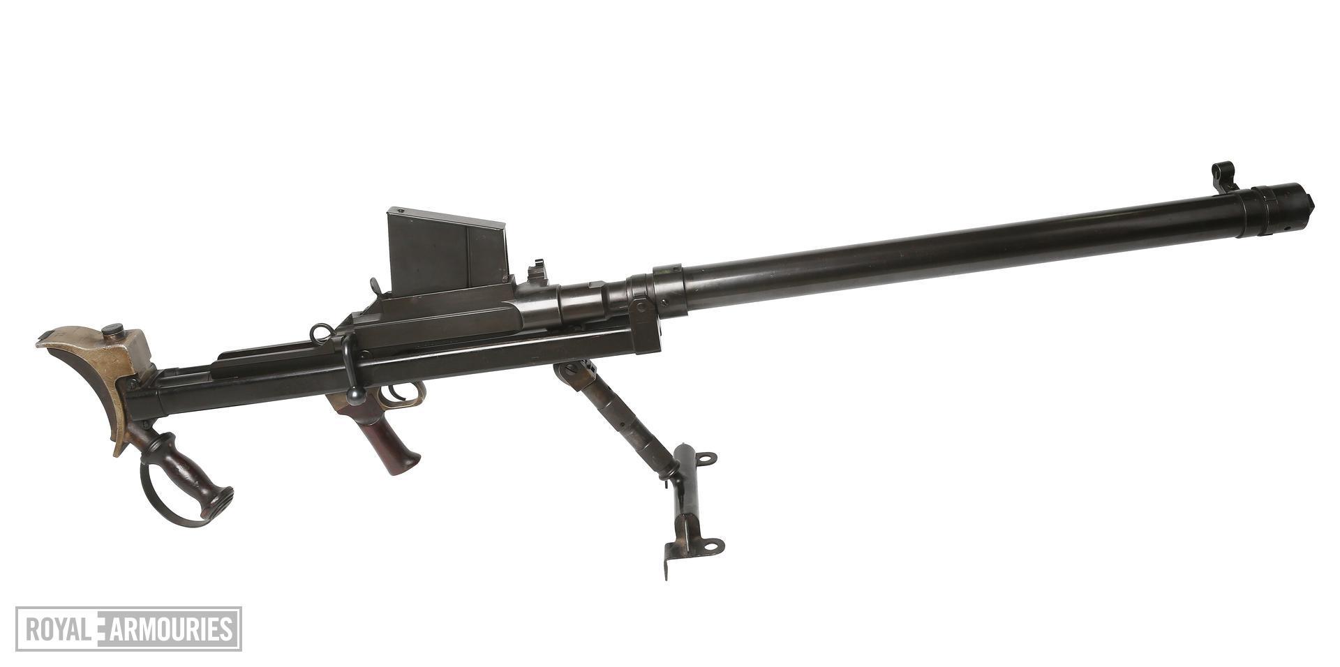 Centrefire bolt-action anti-tank training rifle - Boys Mk.I