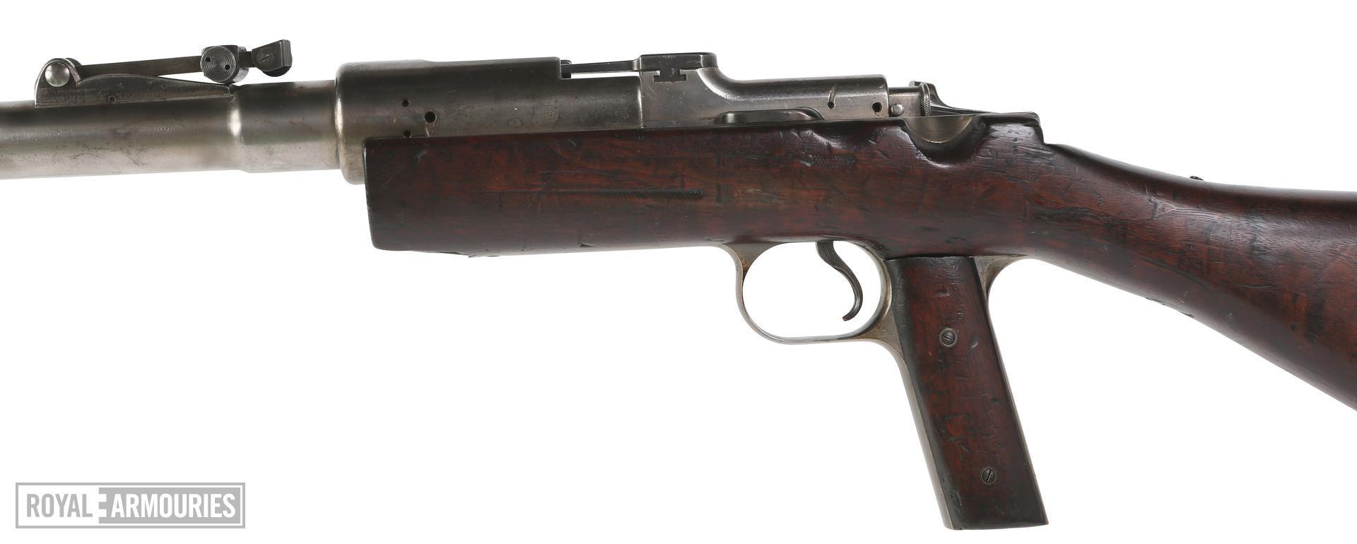 PR.1726 - Centrefire breech-loading anti-tank rifle