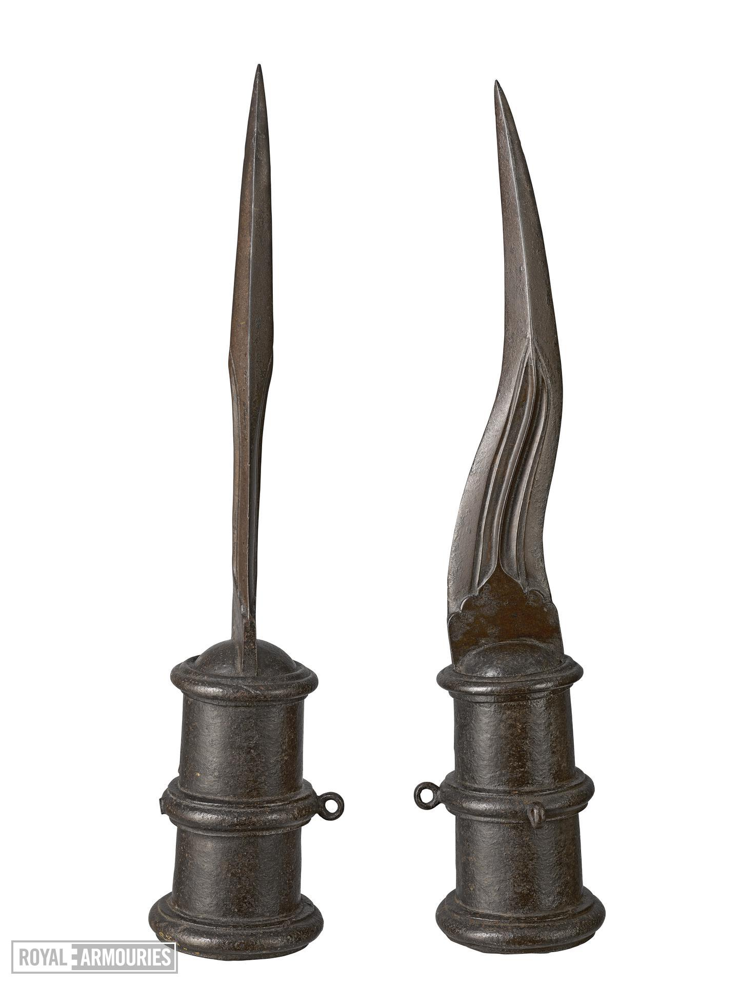 Pair of elephant tusk swords, India, about 1600 XXVIM.40