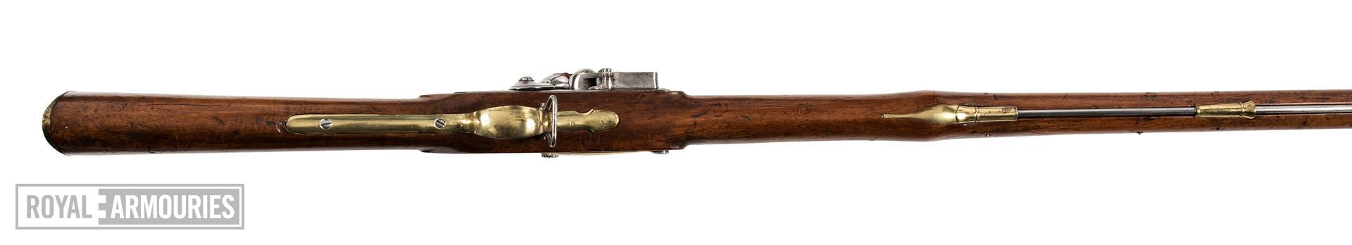 Flintlock muzzle-loading military musket, England, about 1800 (XII.6755)