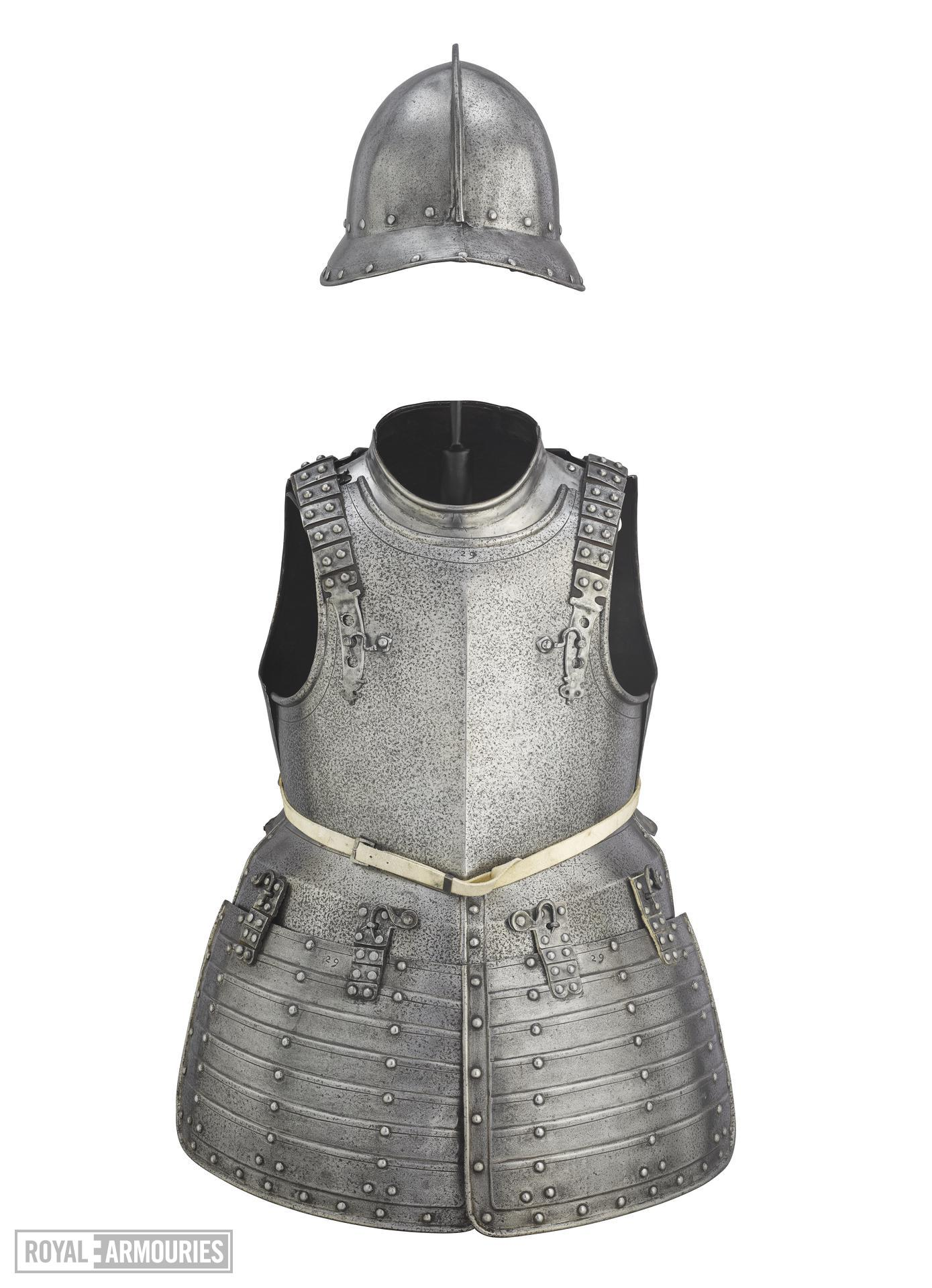 Pikeman armour featuring pot, breastplate, backplate and collar. II.165