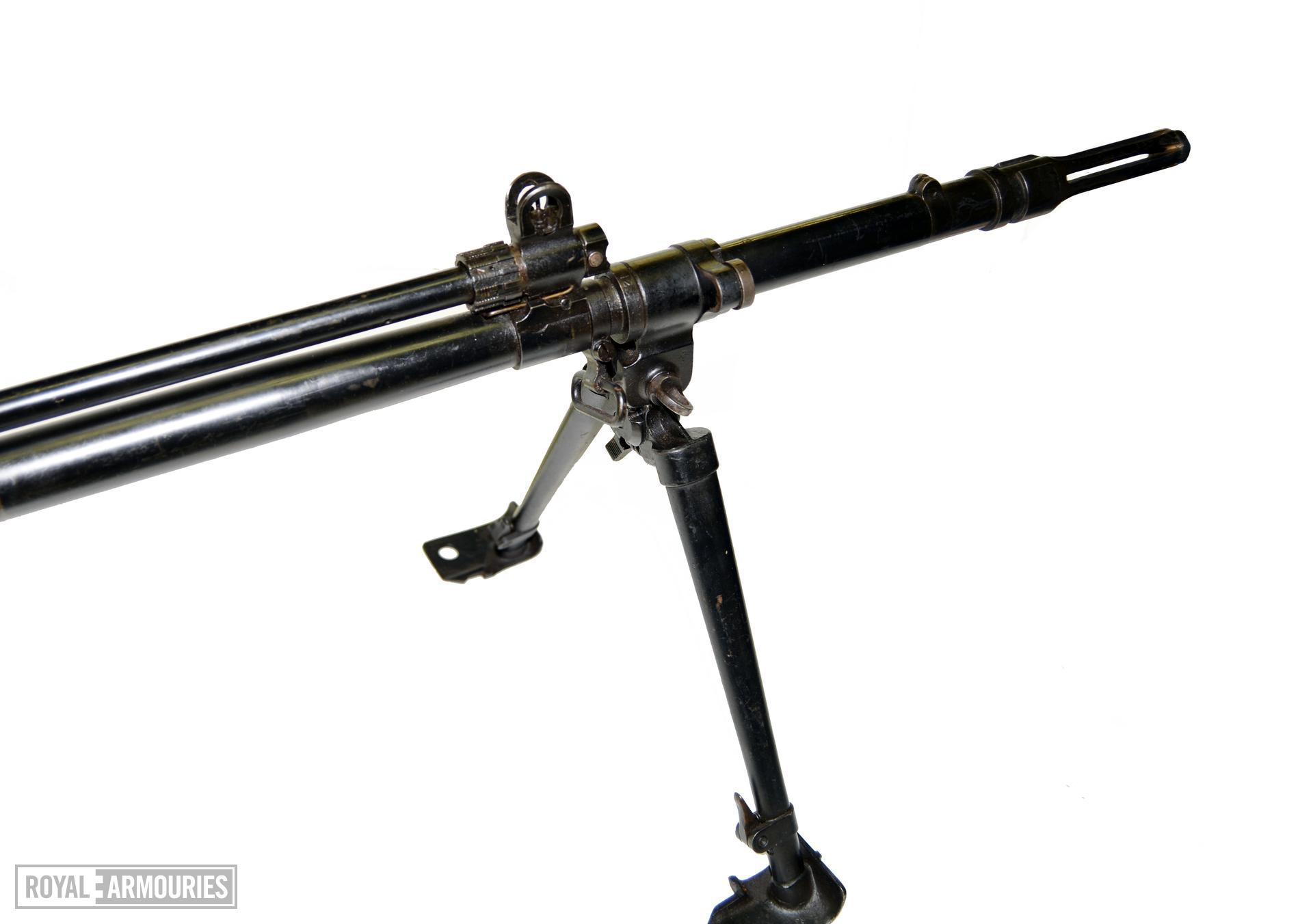 Centrefire automatic rifle FN X8E6 Experimental. Rifle, Shown is the Gas-Block assembly and the method of mounting the L4 series BREN Gun bipod X.906