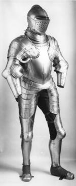 Thumbnail image of Field armour with decorated and gilt bands, possibly for Roger, 2nd Baron North