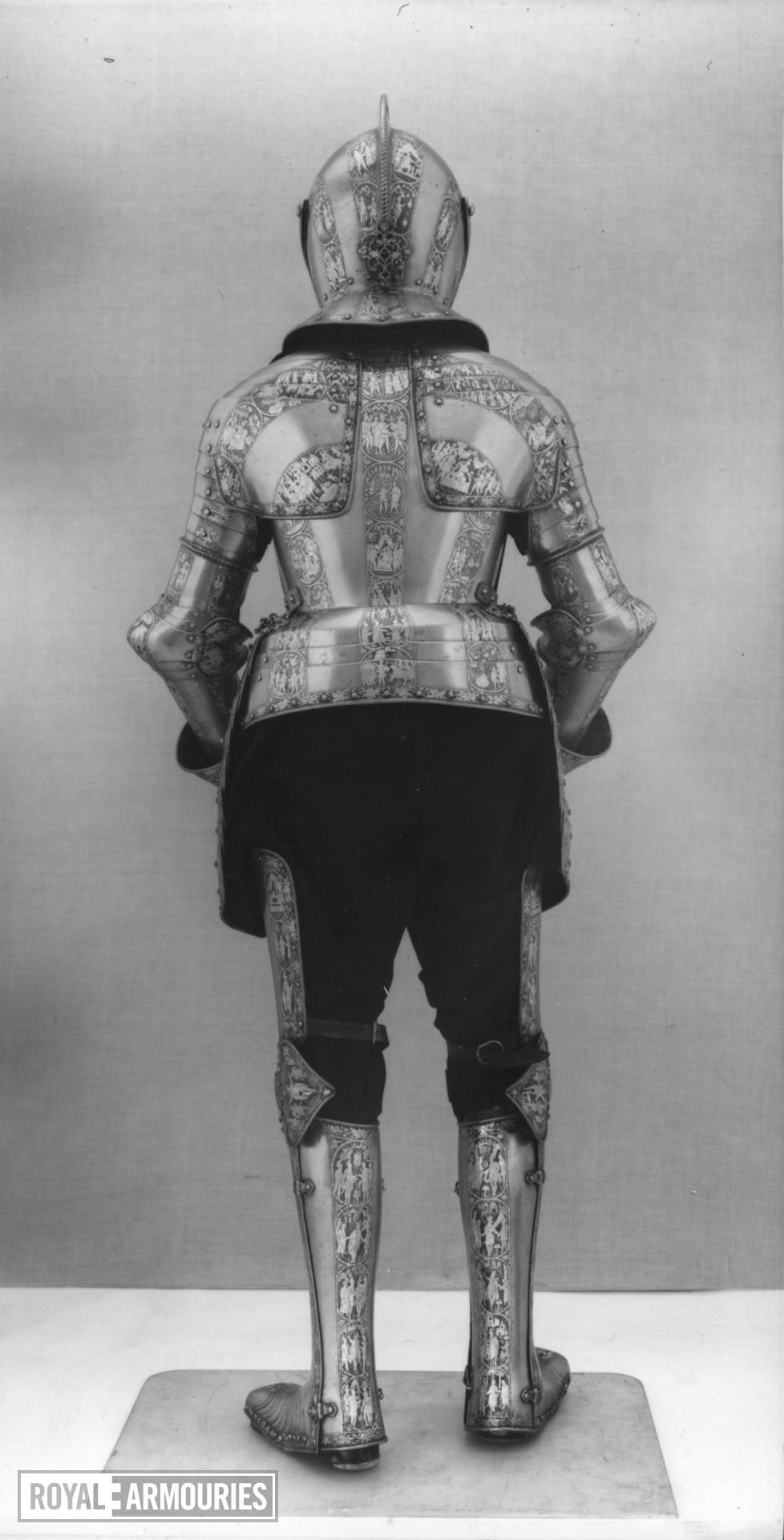 Armour for a boy, probably Henry Prince of Wales