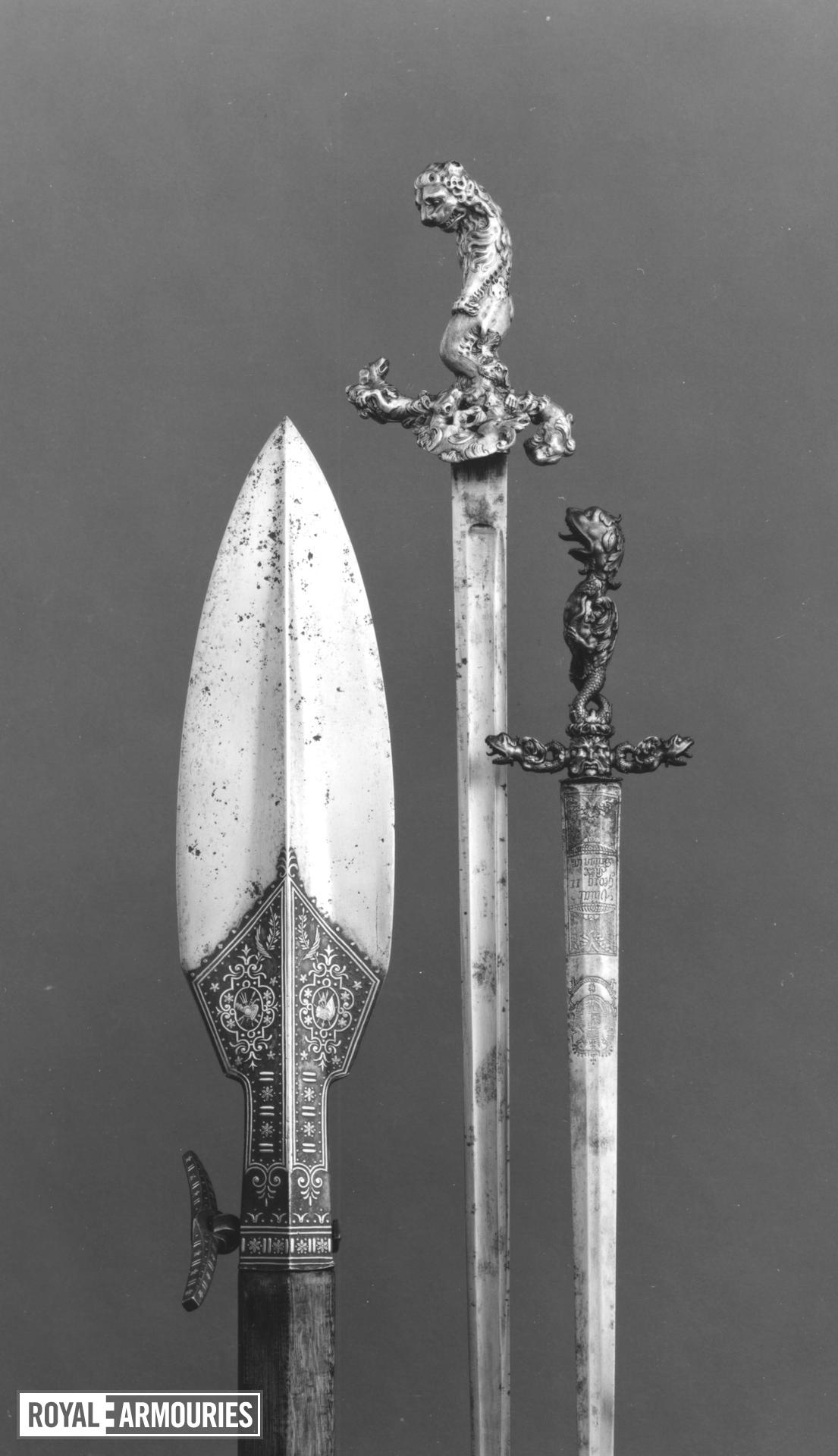 Sword and scabbard Hunting sword and scabbard