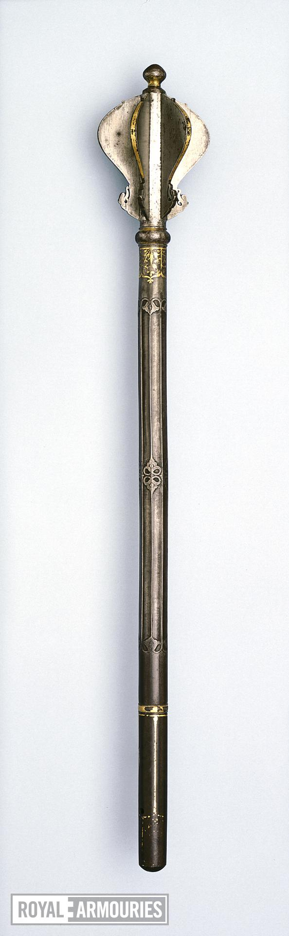 Mace (gorz) with flanged head.