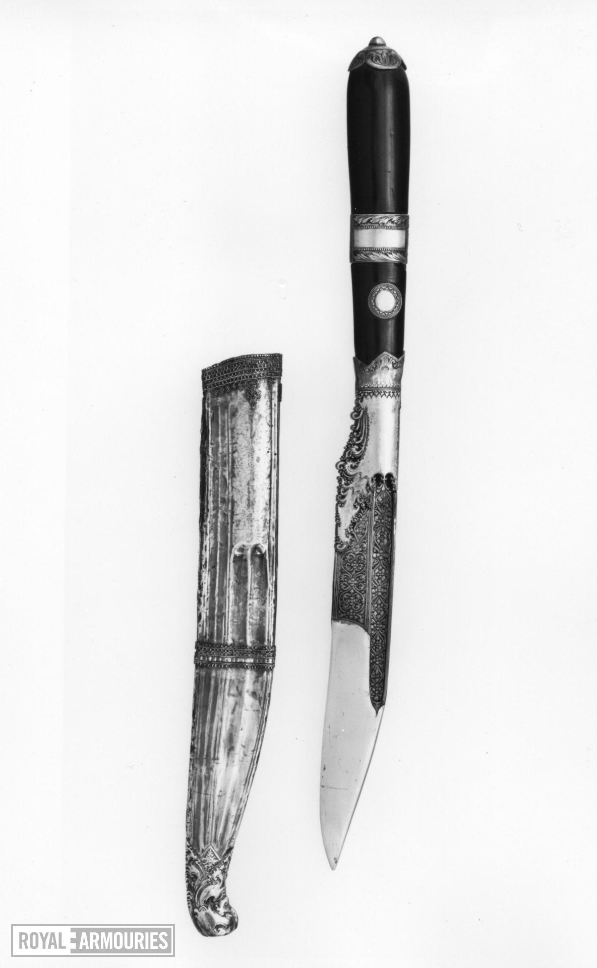 Dagger (piha kaetta) and scabbard