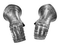 Thumbnail image of Mitten gauntlet Pair to III.1197