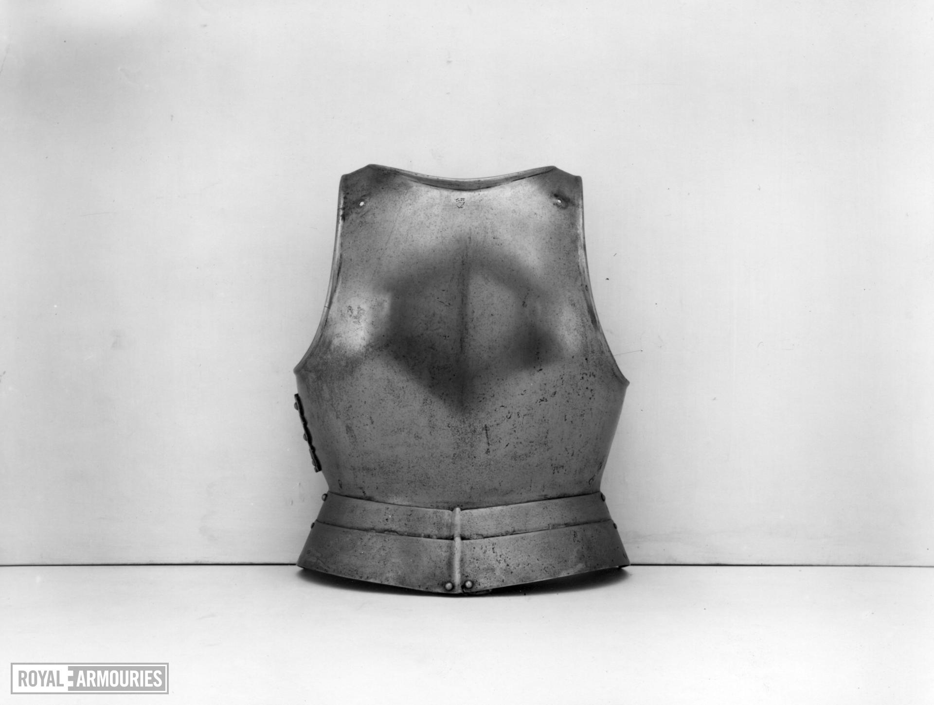 Backplate Brackplate with a low neck and plain turns possibly by Pieter Wambais or Jehan Watt