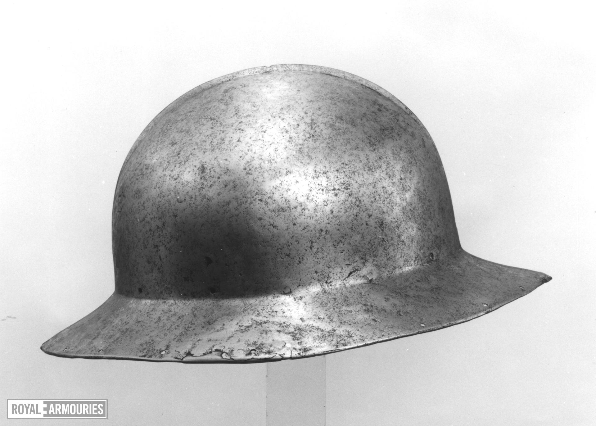 Kettle hat in the Spanish style. Italian, about 1470 (IV.532)