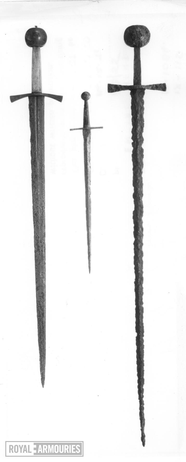 Sword Sword, purpotedly associated with a 'tomb of a Count of Treves'.