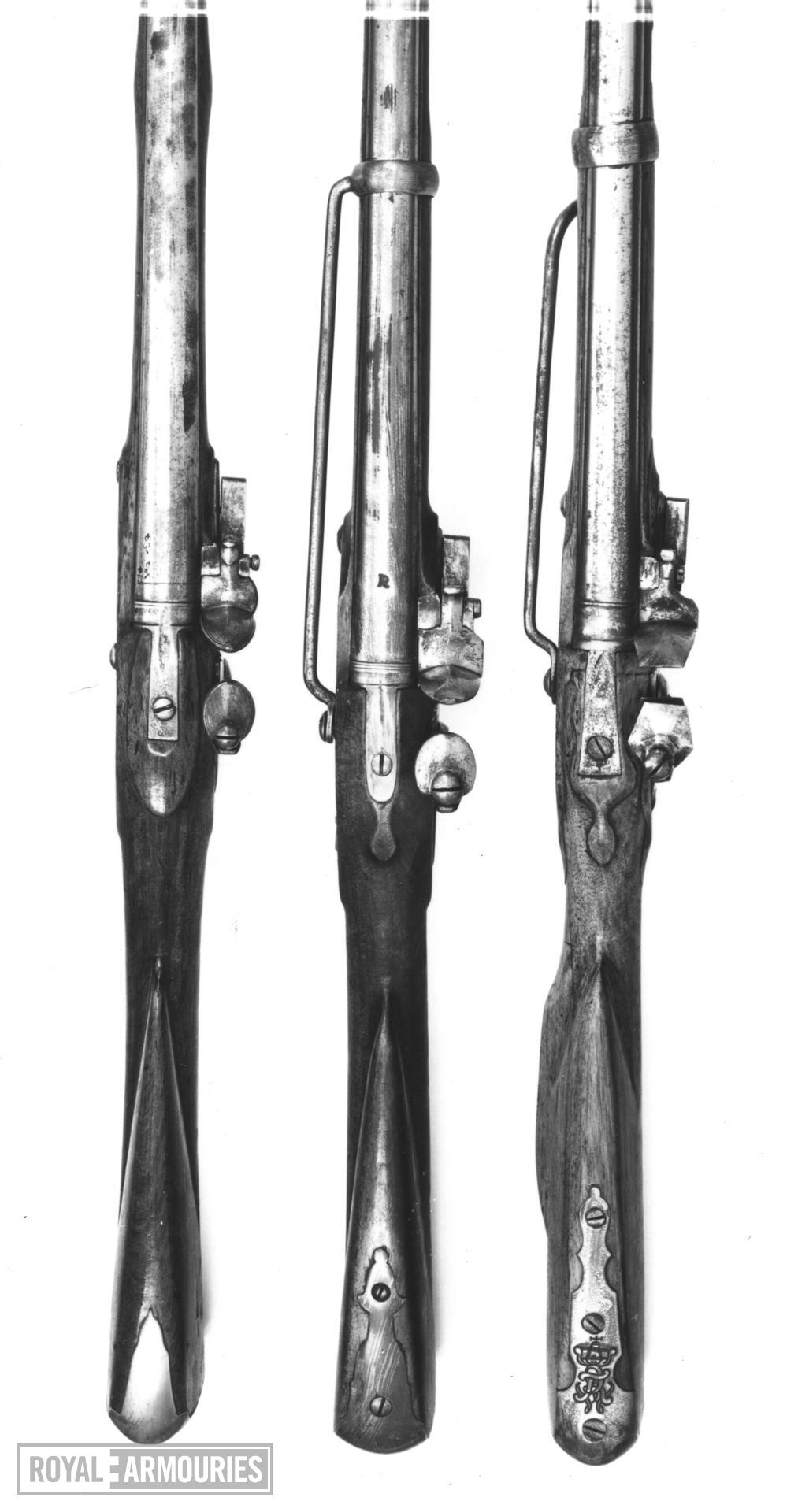 Flintlock muzzle-loading military carbine - Eliott Light Dragoon Carbine Pattern 1760 By Grice