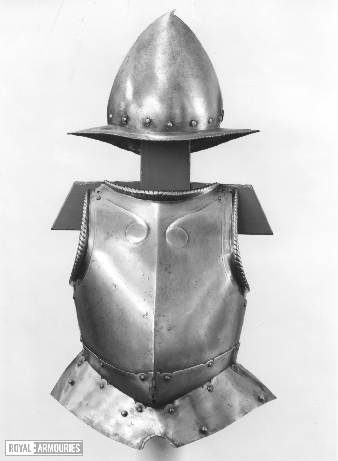 Breastplate and Spanish morion
