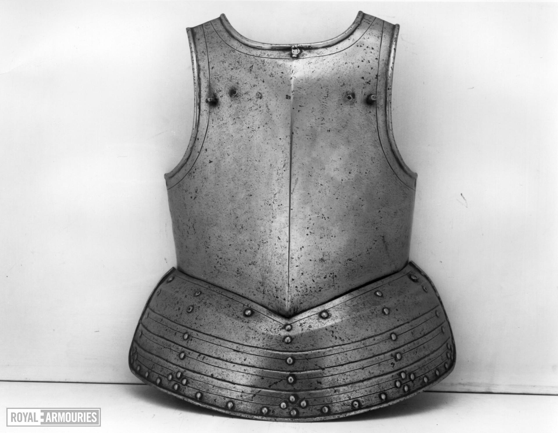 Pikeman's breastplate