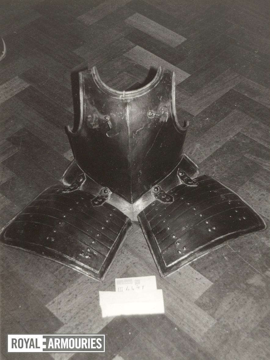 Breastplate and tassets