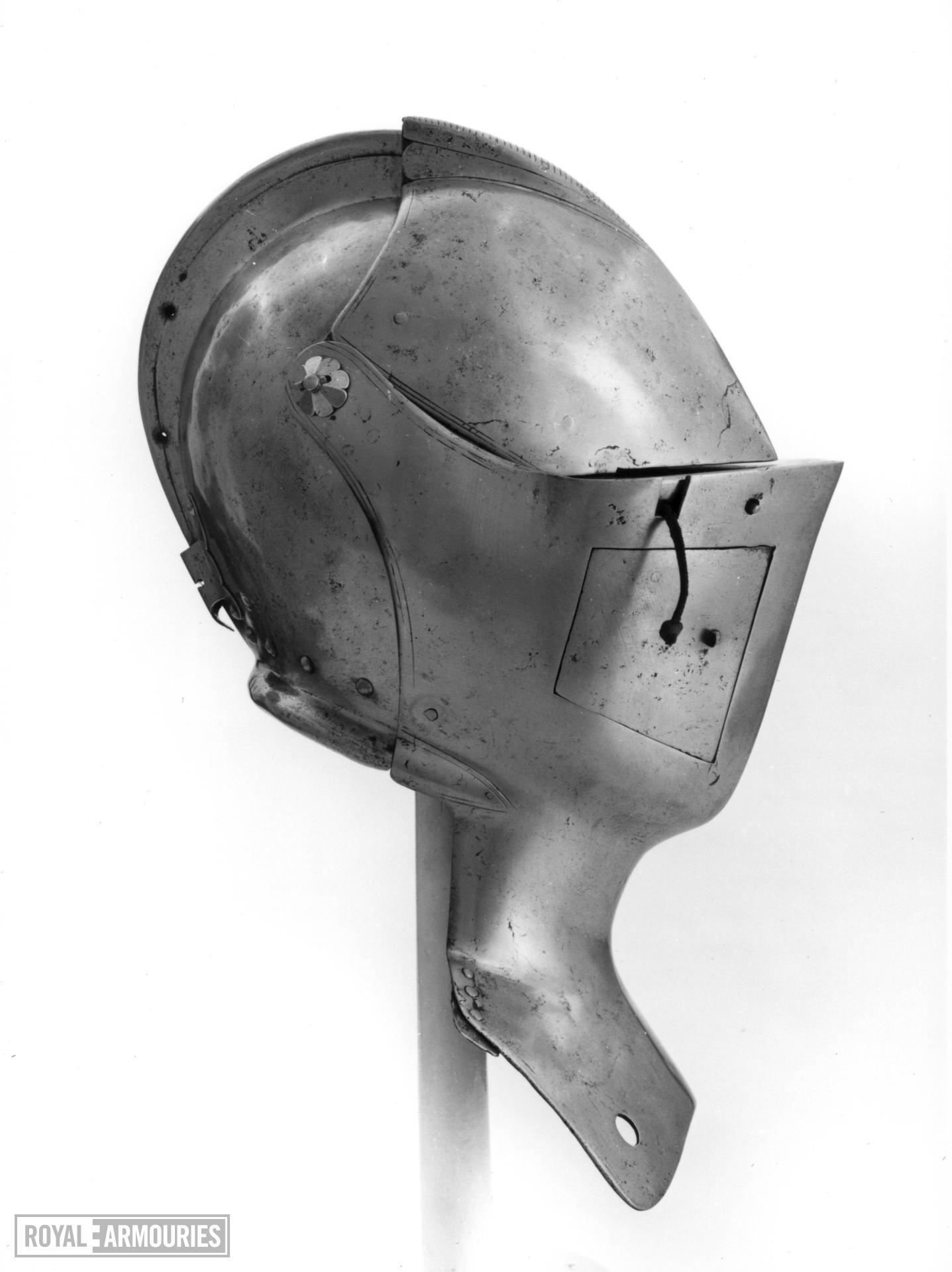 Close helmet For the tilt