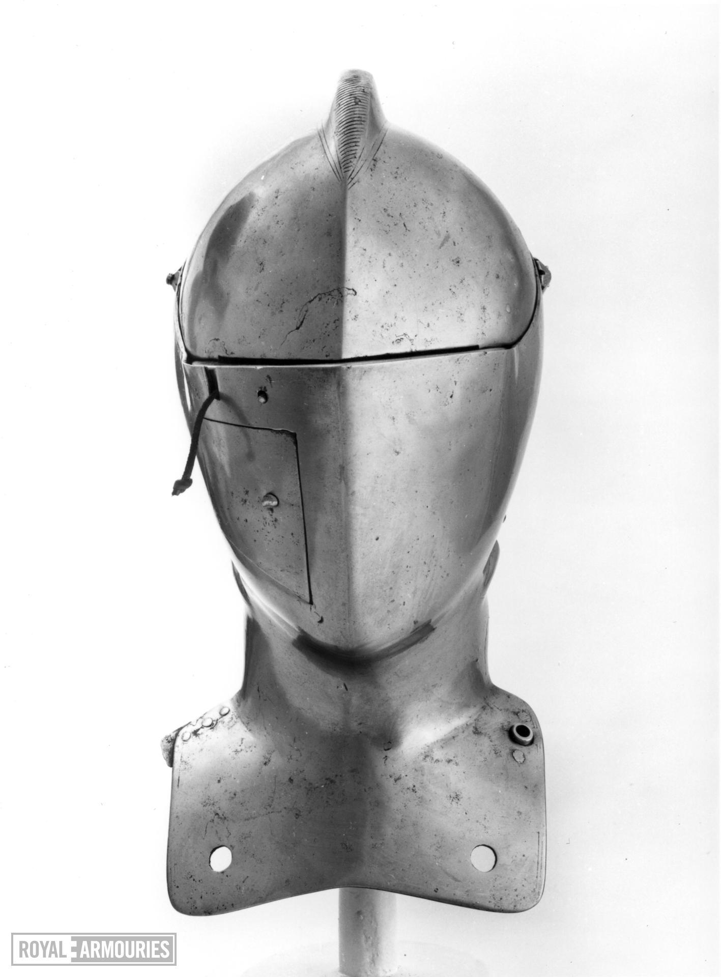 Close helmet