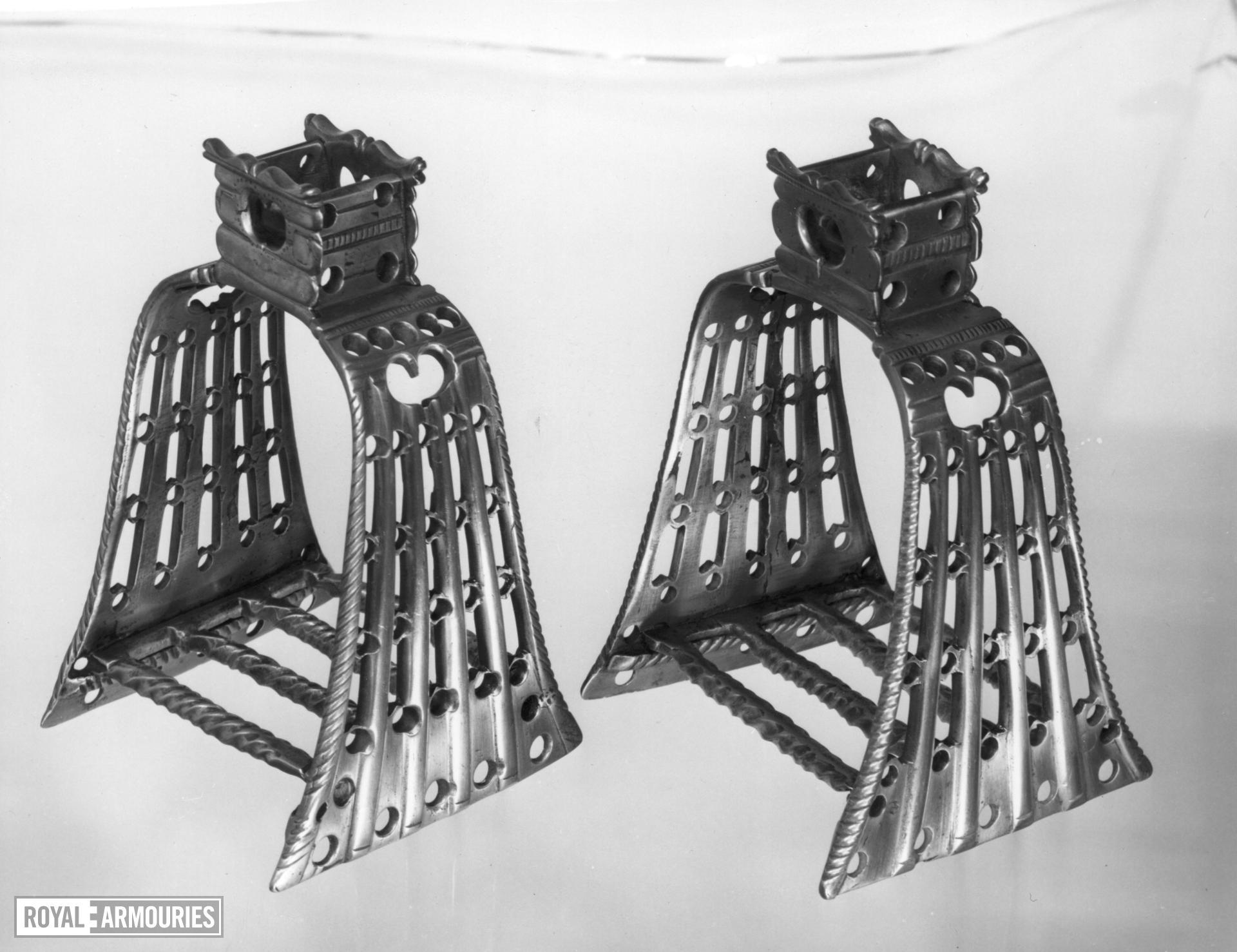 Stirrup A pair to VI.347 A