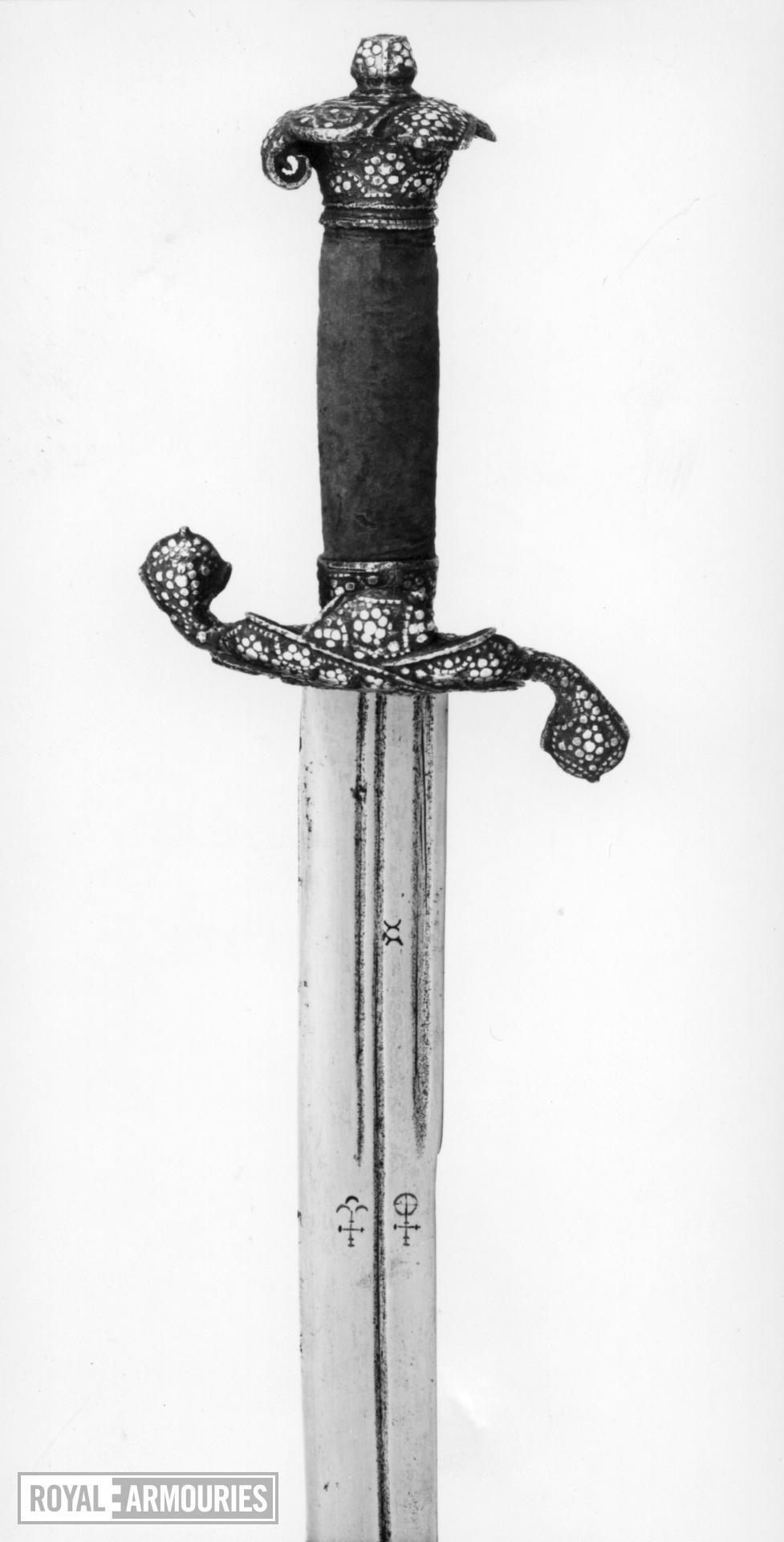 Hanger Hanger with German blade, probably Solingen