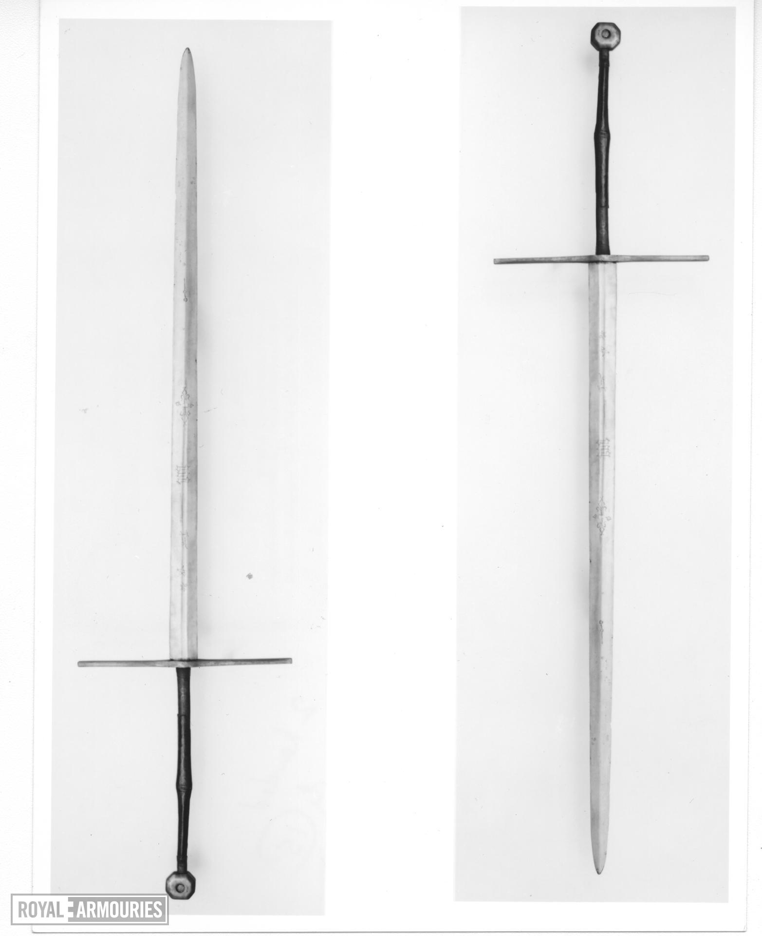Bearing sword Two-hand bearing Sword. Probably an English royal processional sword