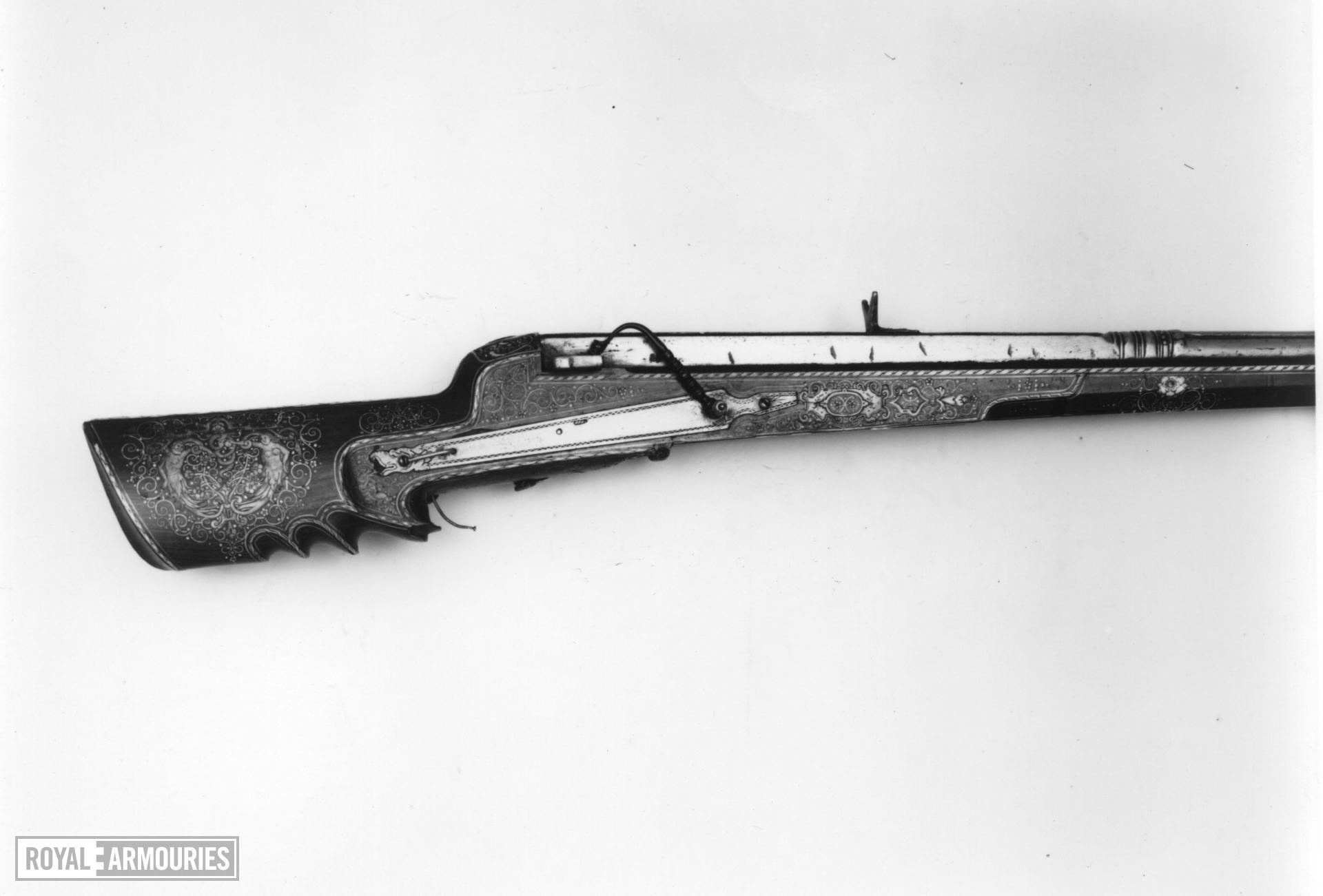 Matchlock muzzle-loading musket