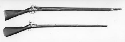 Thumbnail image of Flintlock muzzle-loading military musket - Short Land Pattern With Jonathan's Hennem's Screwless Lock