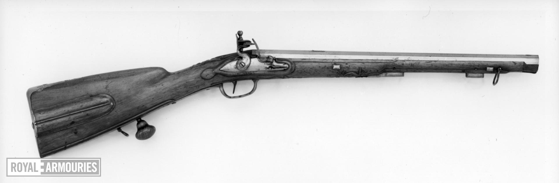 Flintlock muzzle-loading carbine - By I. Girarde A Porrentry