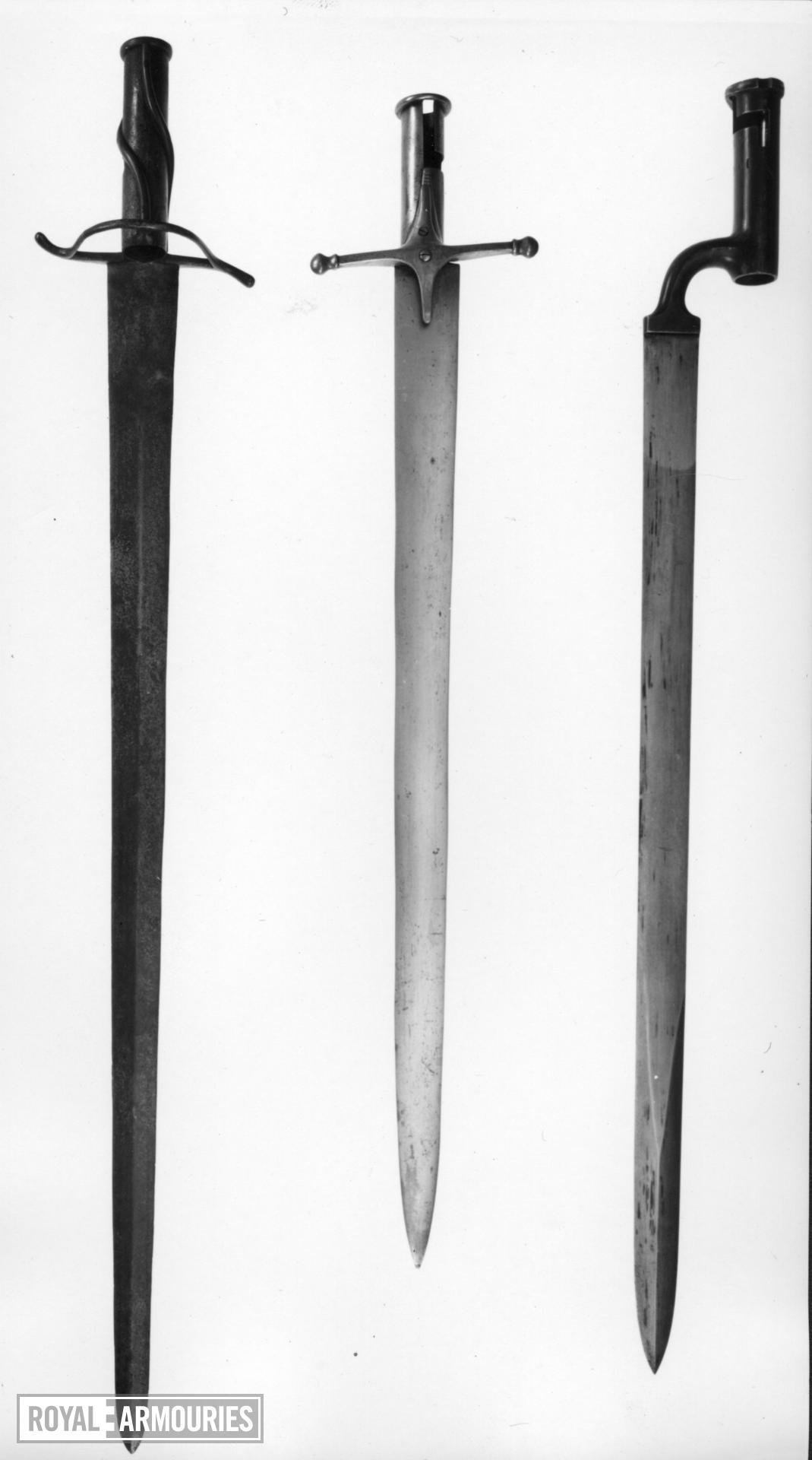 Bayonet - Socket Bayonet