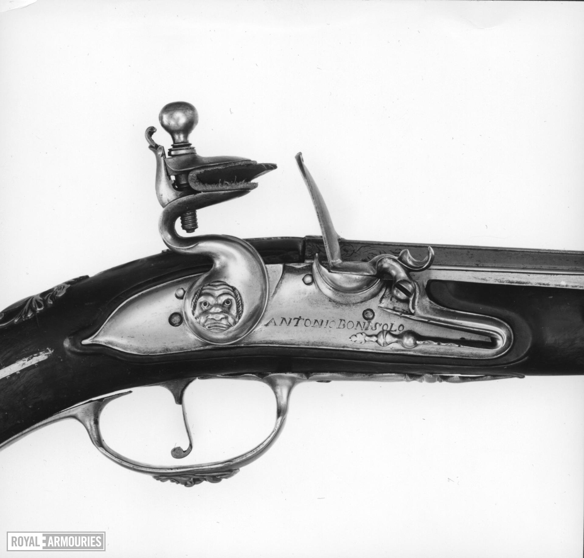 Flintlock holster pistol