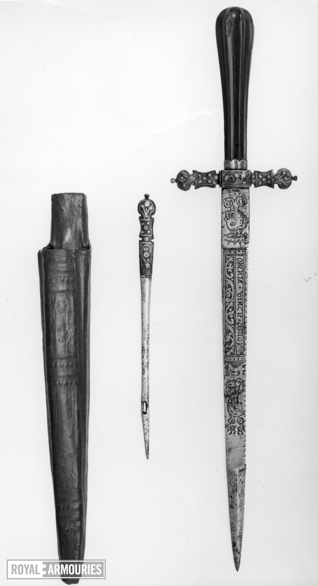 Dagger and sheath - Quillon Dagger Quillon dagger and sheath, with bodkin by-knife