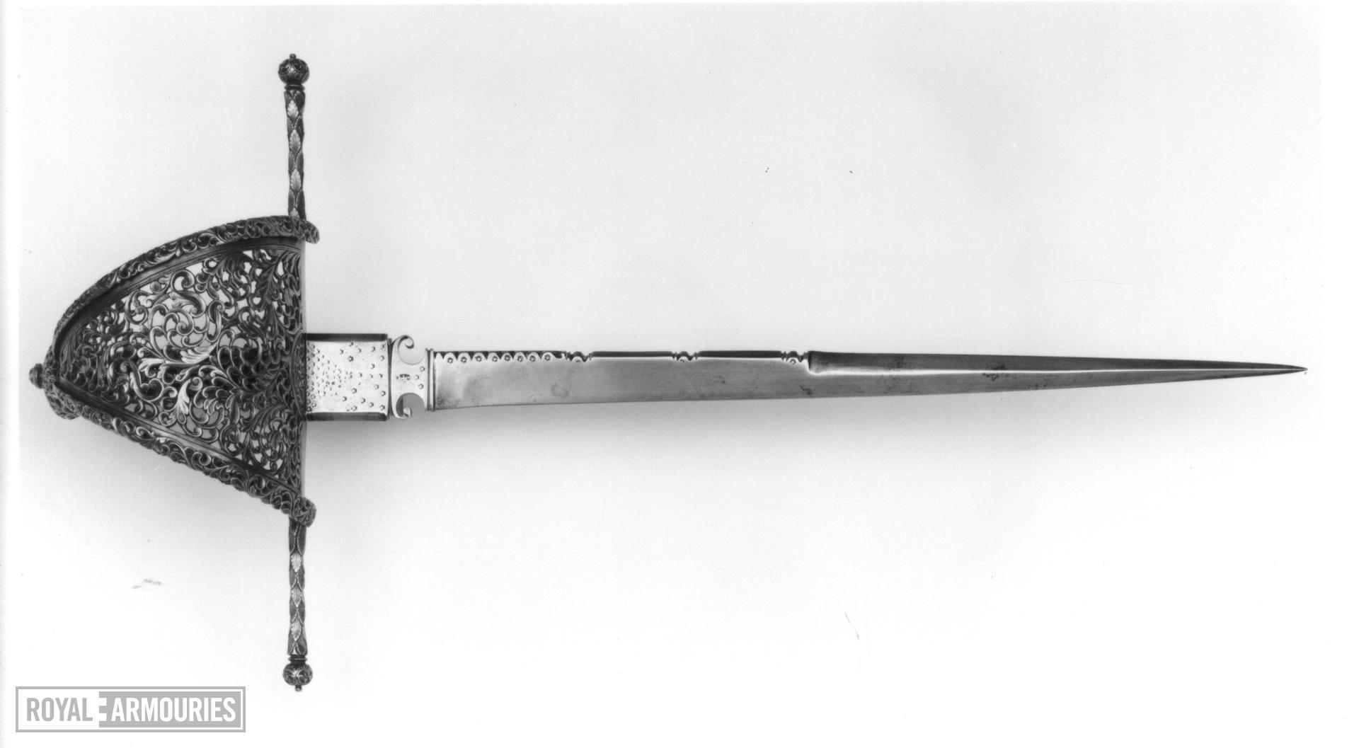 Dagger Left hand dagger