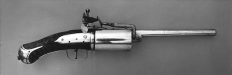 Thumbnail image of Snaphaunce six-shot revolver - Self-rotating possibly by John Dafte Believed to be the earliest of its type.
