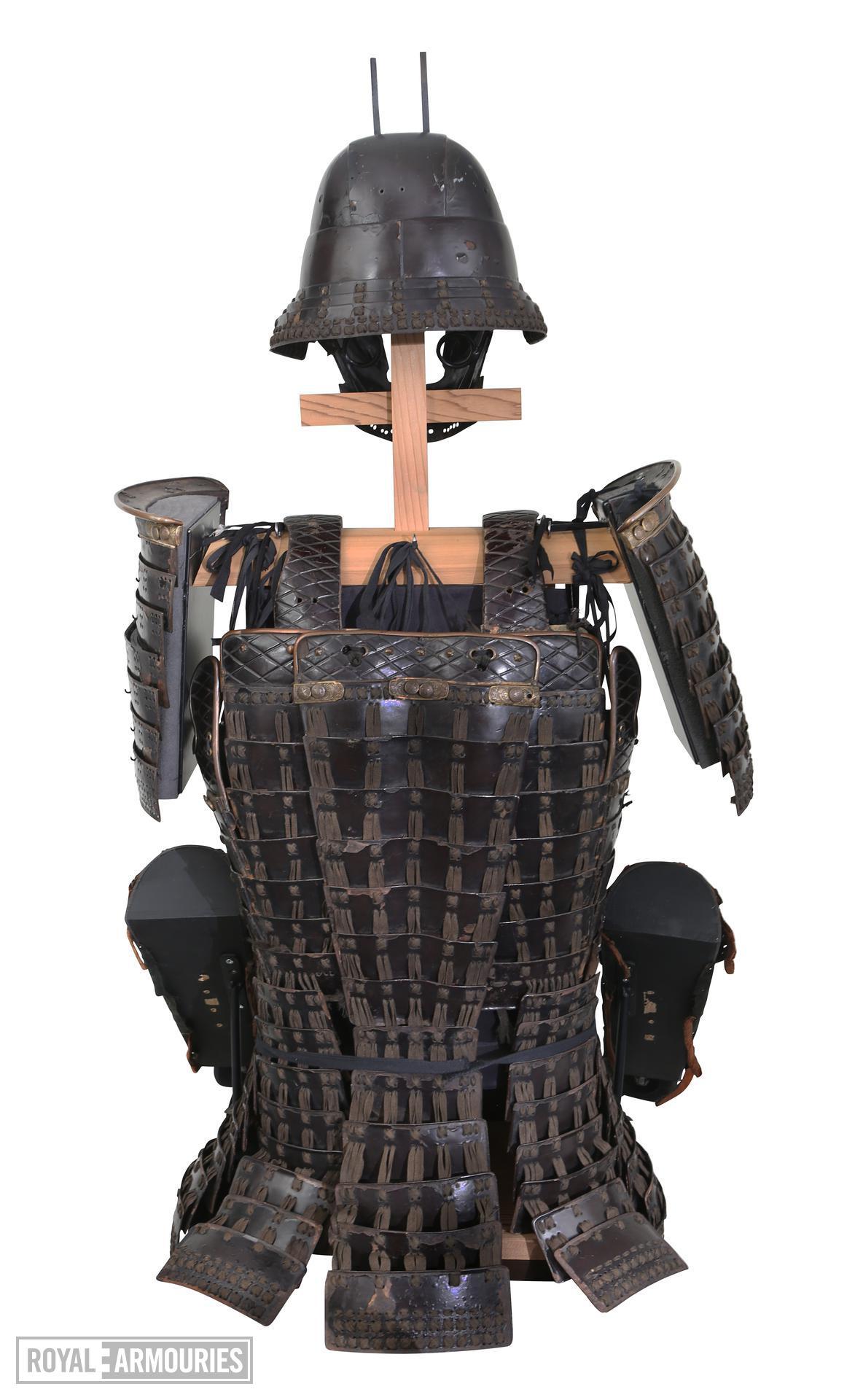 Armour (mogami haramaki gusoku) of a member of the Shimazu family. XXVIA.2