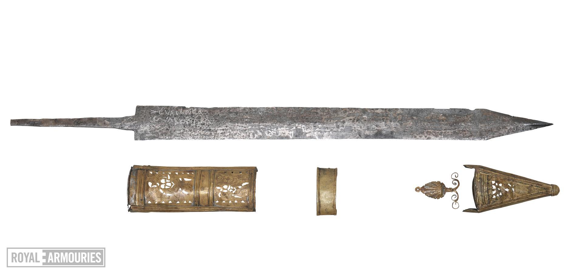 Gladius and scabbard mounts