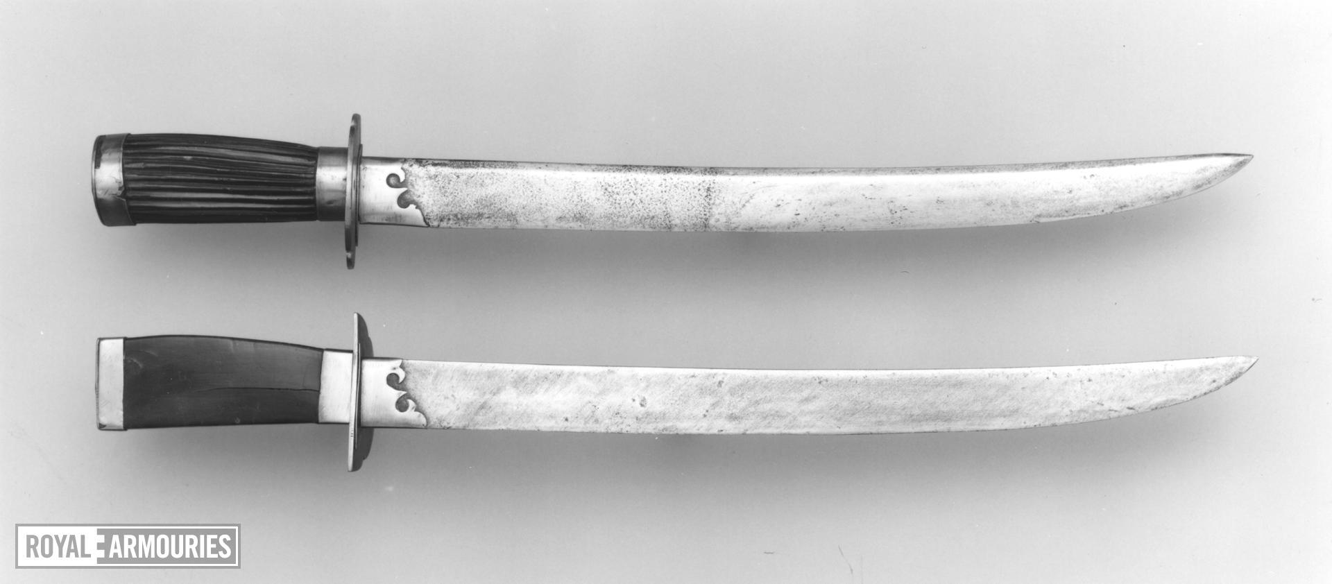 Double swords (shuangdao)