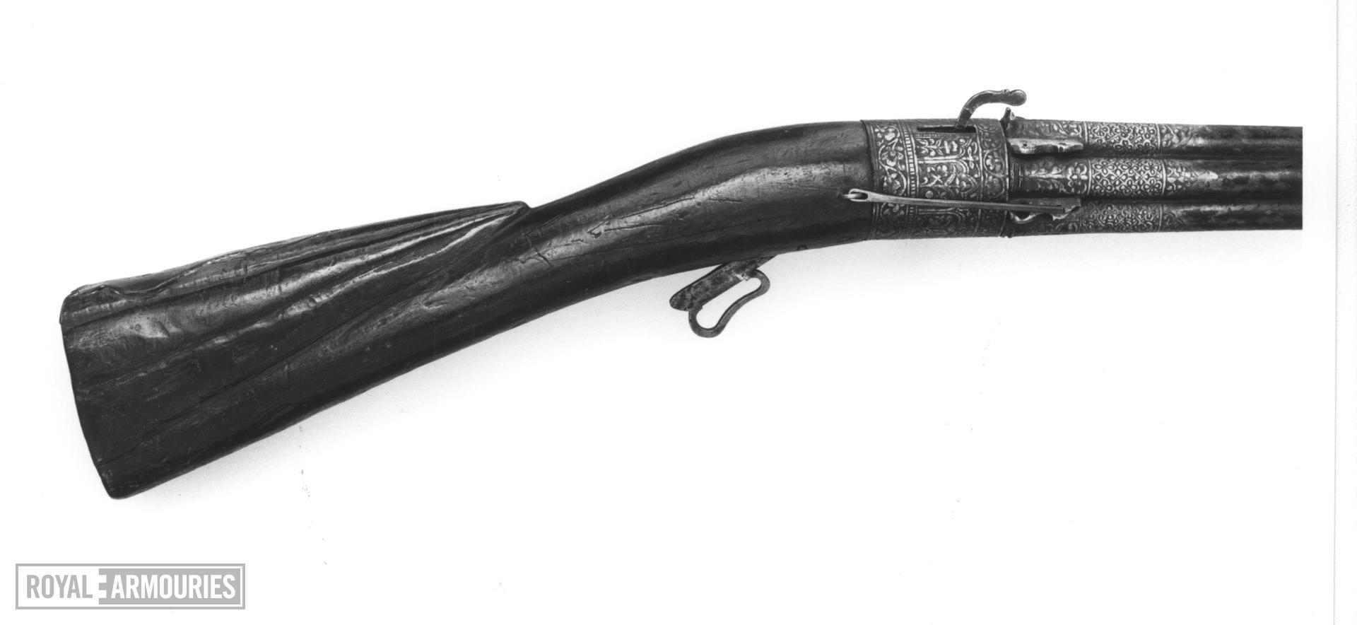 Matchlock revolver Matchlock revolver With cluster of barrels
