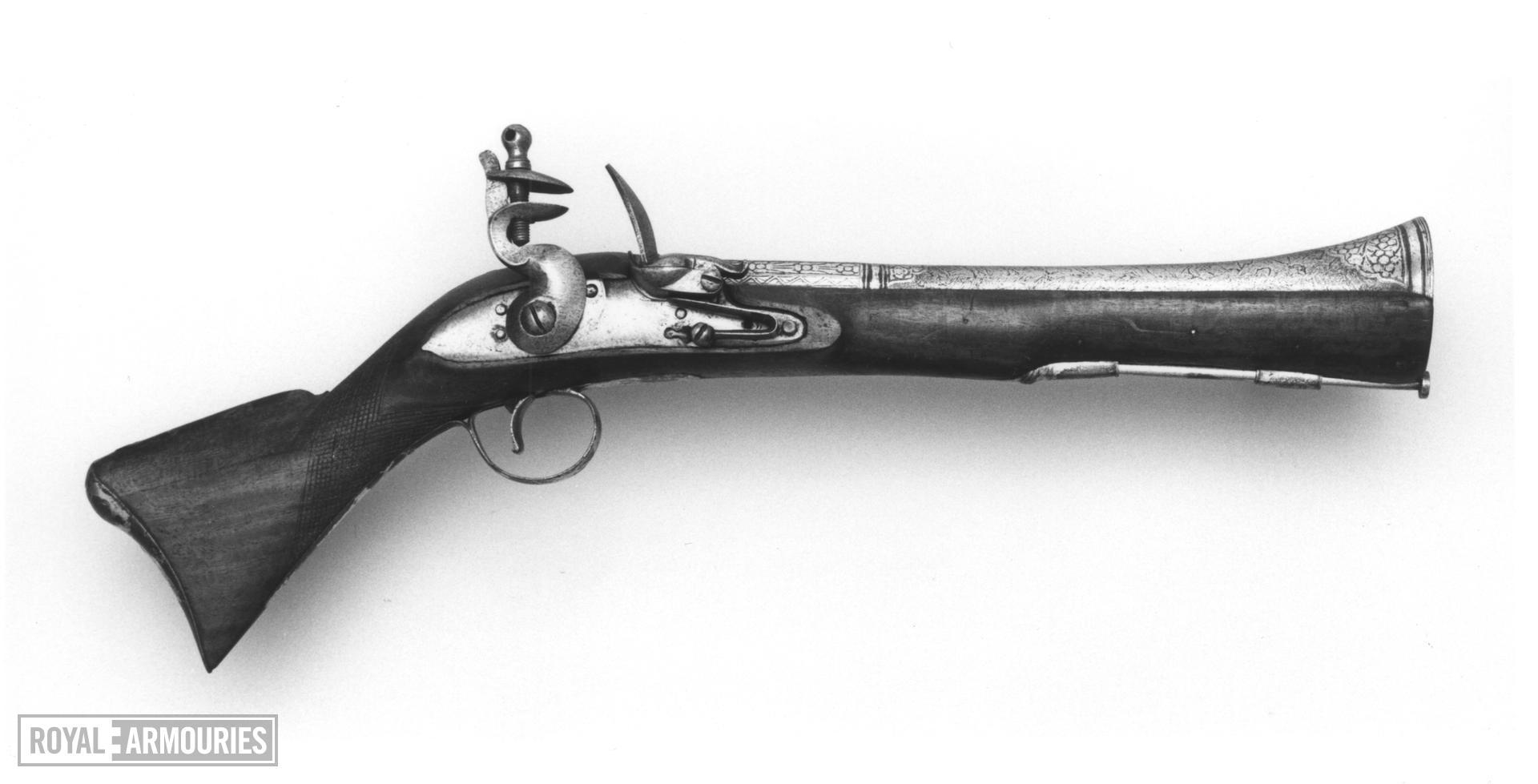 Flintlock blunderbuss pistol
